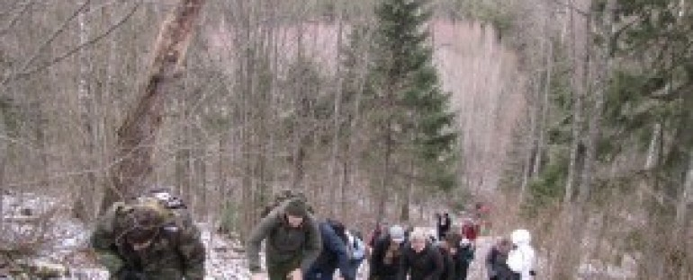 """2015-05-09 žygis """"Knygnešių keliais"""" Kurtuvėnų regioniniame parke"""